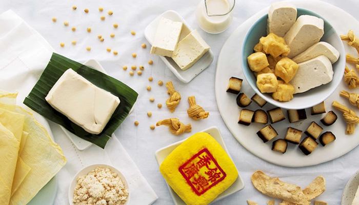 รวม 10 ประโยชน์จากเต้าหู้ อร่อย กินง่าย ได้คุณค่าจากสารอาหารครบถ้วน